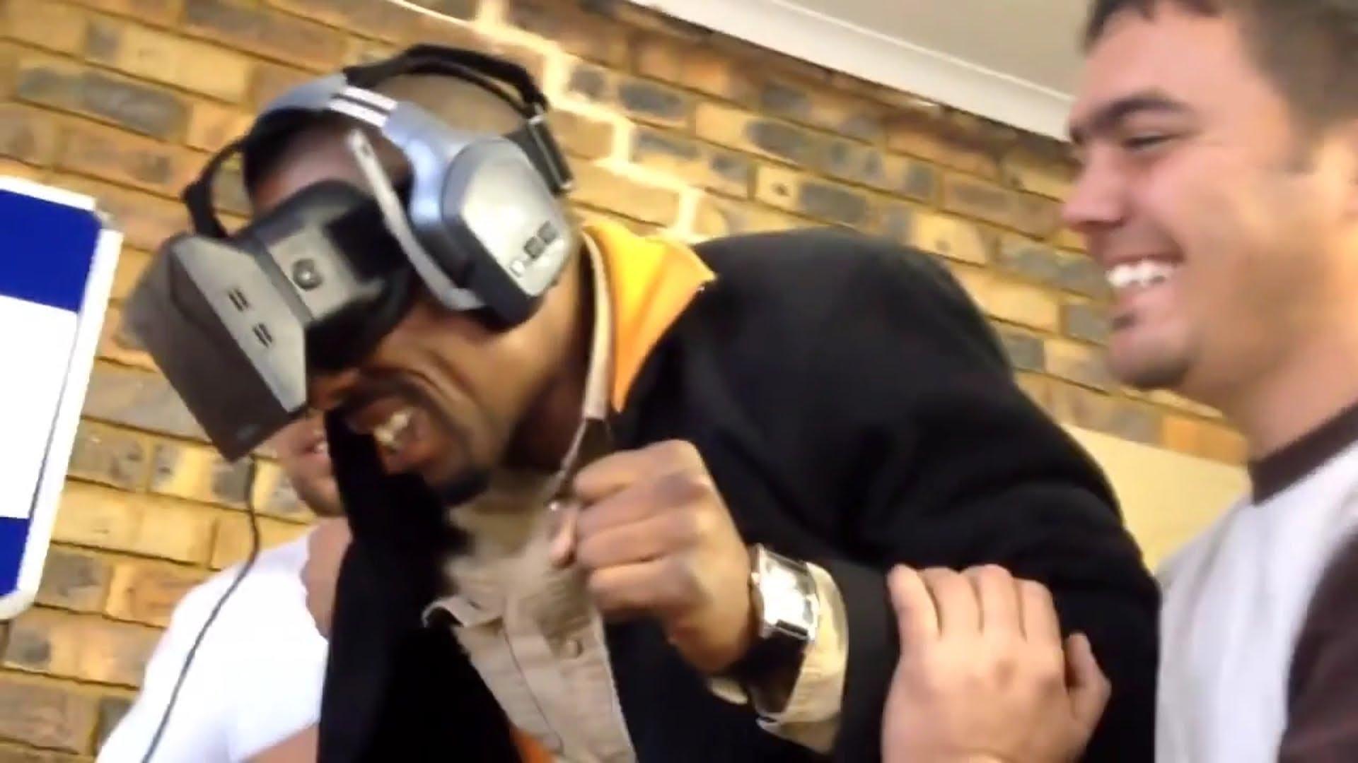 As reações mais engraçadas de quem experimentou o Oculus Rift 16
