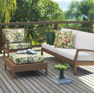 Materiais incríveis recomendados para sofás em ambientes praianos 16