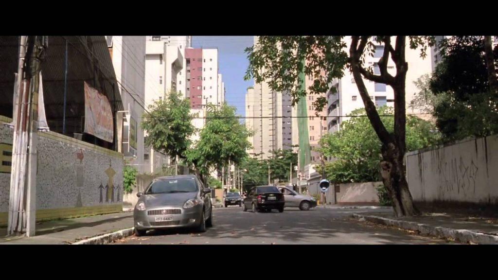 Filme O Som ao Redor (2013)
