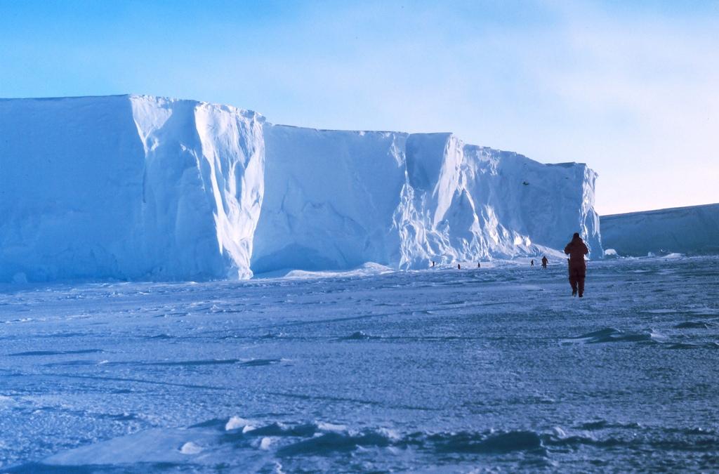 Antártida: 8 Mistérios encontrados sinistros 23