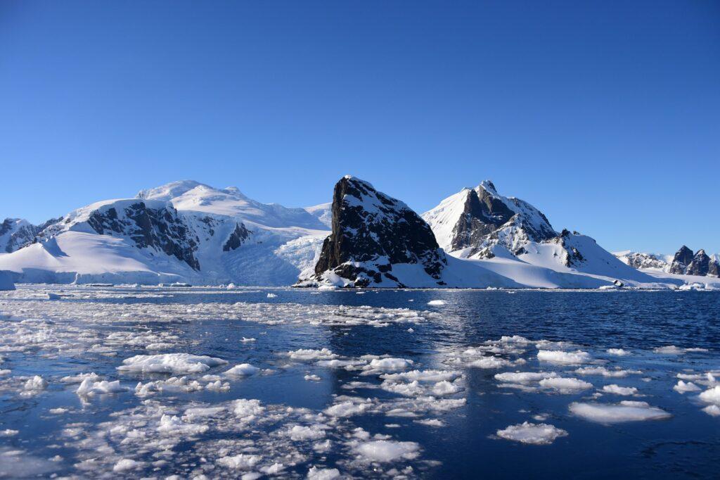 Antártida: O que há por debaixo de todo o gelo? 7