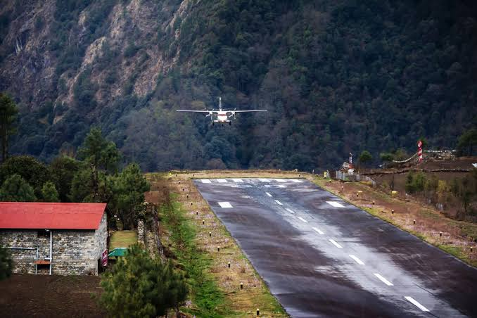Lukla: Pousando no Aeroporto mais perigoso 11