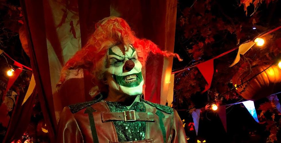 Halloween: Comemorando 30 anos de noites de terror com Leatherface e Beetlejuice 37