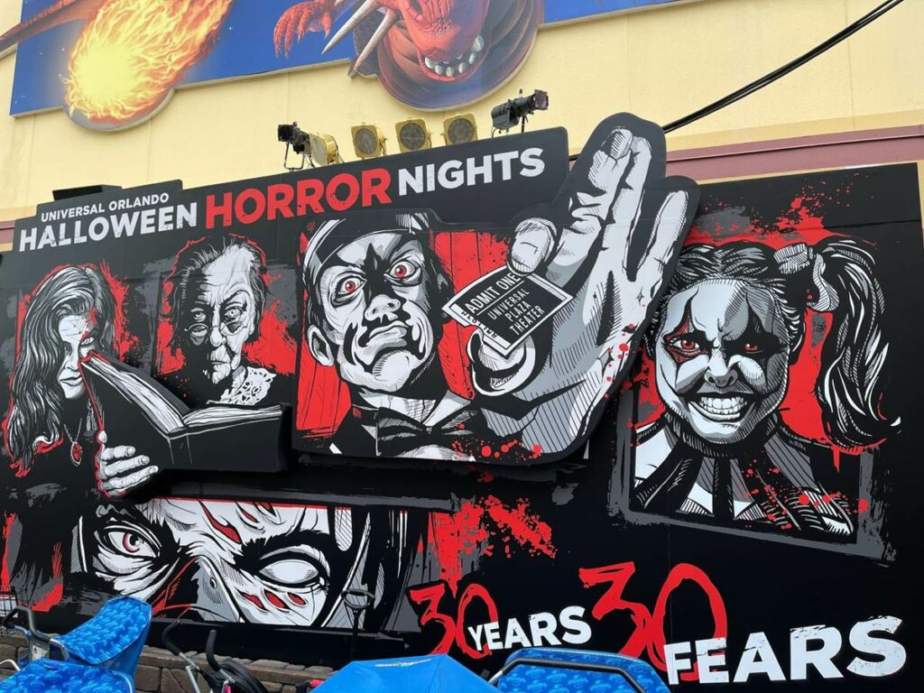 Halloween: Comemorando 30 anos de noites de terror com Leatherface e Beetlejuice 32